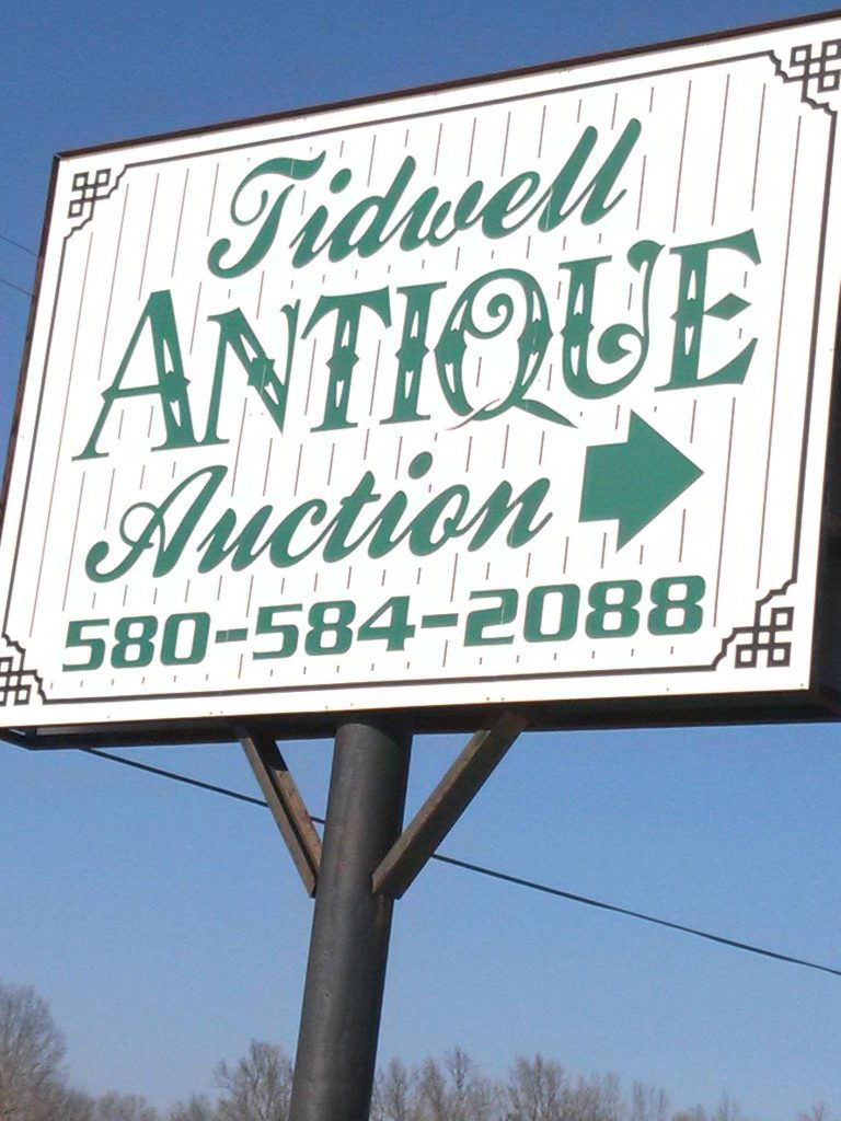 Tidwell Antique Auction