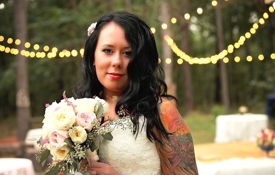Wrapped in Lace photography specializing in weddings, family portraits, and senior pictures.